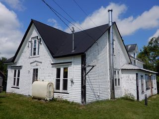 Photo 3: 2075 Black River Road in Meadowville: 108-Rural Pictou County Farm for sale (Northern Region)  : MLS®# 201919625
