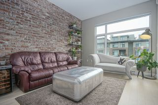 "Photo 1: 308 262 SALTER Street in New Westminster: Queensborough Condo for sale in ""PORTAGE"" : MLS®# R2413494"