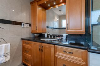 Photo 14: 944 CORNWALL Place in Port Coquitlam: Lincoln Park PQ House for sale : MLS®# R2417690