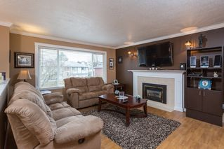 Photo 2: 11898 229th STREET in MAPLE RIDGE: Home for sale : MLS®# V1050402