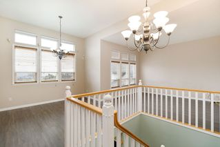 Photo 2: 33553 CARION Court in Mission: Mission BC House for sale : MLS®# R2433048