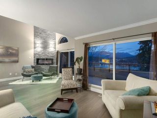 "Photo 5: 60 SHORELINE Circle in Port Moody: College Park PM Townhouse for sale in ""HARBOUR HEIGHTS"" : MLS®# R2439986"