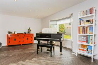 Photo 13: 243 RHATIGAN Road W in Edmonton: Zone 14 House for sale : MLS®# E4192724