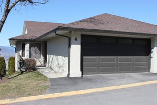 Main Photo: 4 1580 Springhill Drive in Kamloops: Sahali Townhouse for sale : MLS®# 156043