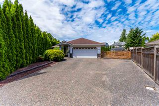 Photo 1: 5727 WINCHESTER Place in Chilliwack: Vedder S Watson-Promontory House for sale (Sardis)  : MLS®# R2468273