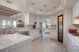 Photo 14: LA JOLLA House for sale : 3 bedrooms : 8319 Camino Del Oro