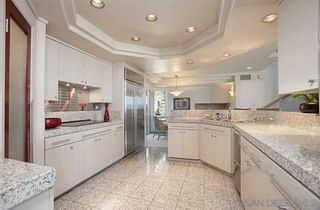 Photo 13: LA JOLLA House for sale : 3 bedrooms : 8319 Camino Del Oro