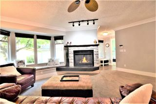 Photo 3: 8856 FINCH Court in Burnaby: Forest Hills BN Townhouse for sale (Burnaby North)  : MLS®# R2503411