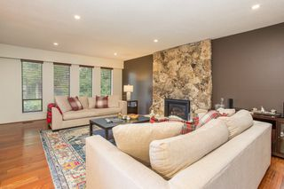 Photo 3: 10528 SUNCREST Drive in Delta: Nordel House for sale (N. Delta)  : MLS®# R2525886