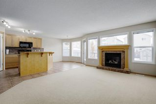 Photo 2: 156 Cougar Ridge Circle SW in Calgary: Cougar Ridge Detached for sale : MLS®# A1060036