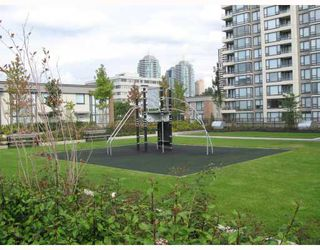 """Photo 8: 5 4178 DAWSON Street in Burnaby: Central BN Condo for sale in """"TANDEM"""" (Burnaby North)  : MLS®# V670510"""