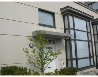 """Photo 1: 5 4178 DAWSON Street in Burnaby: Central BN Condo for sale in """"TANDEM"""" (Burnaby North)  : MLS®# V670510"""
