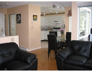 "Photo 5: 40 7345 SANDBORNE Avenue in Burnaby: South Slope Townhouse for sale in ""SANDBORNE WOODS"" (Burnaby South)  : MLS®# V679018"