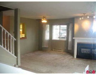 """Photo 3: 5360 201ST Street in Langley: Langley City Townhouse for sale in """"GARDEN GROVE"""" : MLS®# F2703996"""
