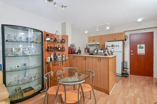 Photo 6: 305 2763 CHANDLERY Place in Vancouver: South Marine Condo for sale (Vancouver East)  : MLS®# R2416093