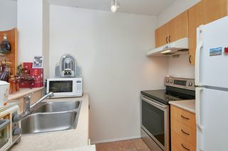 Photo 7: 305 2763 CHANDLERY Place in Vancouver: South Marine Condo for sale (Vancouver East)  : MLS®# R2416093