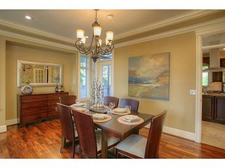 Photo 2: 662 CRYSTAL Court in North Vancouver: Home for sale : MLS®# V984105