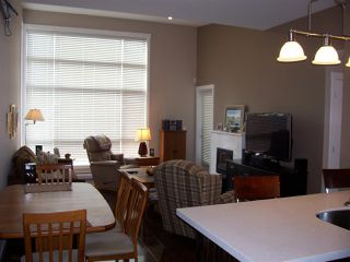 """Photo 4: 603 22318 LOUGHEED Highway in Maple Ridge: West Central Condo for sale in """"223 North"""" : MLS®# R2444122"""