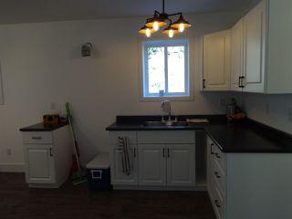 Photo 5: 5764 BINNACLE Avenue in Sechelt: Sechelt District House for sale (Sunshine Coast)  : MLS®# R2447649