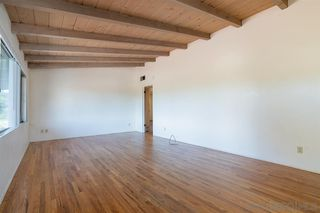 Photo 6: VISTA House for sale : 3 bedrooms : 1530 S Santa Fe Ave