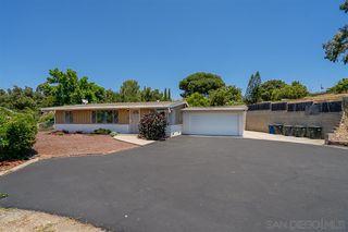 Photo 2: VISTA House for sale : 3 bedrooms : 1530 S Santa Fe Ave