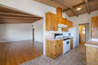 Photo 9: VISTA House for sale : 3 bedrooms : 1530 S Santa Fe Ave