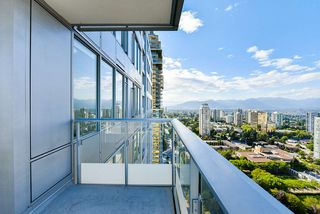 "Photo 19: 3202 6333 SILVER Avenue in Burnaby: Metrotown Condo for sale in ""SILVER"" (Burnaby South)  : MLS®# R2470696"