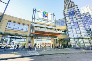 "Photo 35: 3202 6333 SILVER Avenue in Burnaby: Metrotown Condo for sale in ""SILVER"" (Burnaby South)  : MLS®# R2470696"