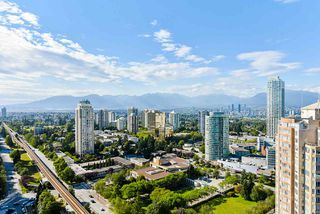 "Photo 2: 3202 6333 SILVER Avenue in Burnaby: Metrotown Condo for sale in ""SILVER"" (Burnaby South)  : MLS®# R2470696"