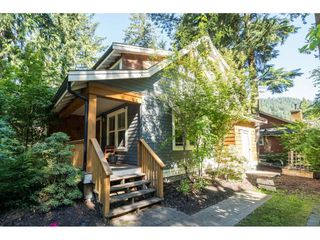 "Photo 3: 43573 RED HAWK Pass: Lindell Beach House for sale in ""The Cottages at Cultus Lake"" (Cultus Lake)  : MLS®# R2477513"