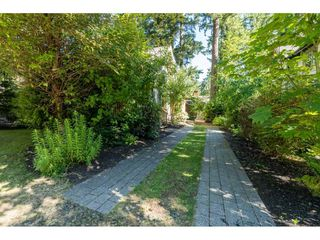 "Photo 2: 43573 RED HAWK Pass: Lindell Beach House for sale in ""The Cottages at Cultus Lake"" (Cultus Lake)  : MLS®# R2477513"