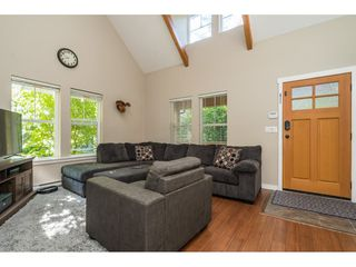 "Photo 8: 43573 RED HAWK Pass: Lindell Beach House for sale in ""The Cottages at Cultus Lake"" (Cultus Lake)  : MLS®# R2477513"
