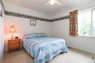 Photo 12: 850 Jasmine Ave in Saanich: SW Marigold Single Family Detached for sale (Saanich West)  : MLS®# 843662