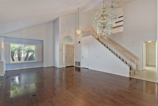 Photo 7: UNIVERSITY CITY House for sale : 3 bedrooms : 4216 Caminito Cassis in San Diego