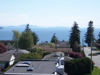Photo 31: 1178 Dolphin Street: White Rock Home for sale ()  : MLS®# F1111485