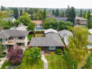 Main Photo: 3634 10 Street SW in Calgary: Elbow Park Detached for sale : MLS®# A1060029