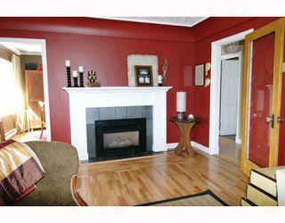 Photo 3: 24439 DEWDNEY TRUNK Road in Maple_Ridge: Websters Corners House for sale (Maple Ridge)  : MLS®# V645222