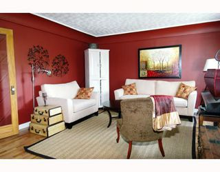 Photo 2: 24439 DEWDNEY TRUNK Road in Maple_Ridge: Websters Corners House for sale (Maple Ridge)  : MLS®# V645222