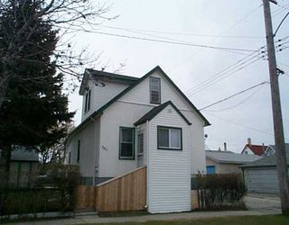 Photo 1: 301 SINCLAIR Street in Winnipeg: North End Single Family Detached for sale (North West Winnipeg)  : MLS®# 2505568