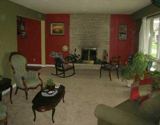 Photo 2: 119 RADCLIFFE Road in Winnipeg: Fort Garry / Whyte Ridge / St Norbert Single Family Detached for sale (South Winnipeg)  : MLS®# 2606536