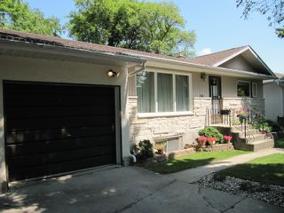 Photo 5: 251 Gilmore Avenue in Winnipeg: North Kildonan Residential for sale (North East Winnipeg)