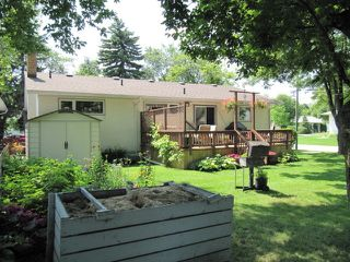 Photo 7: 251 Gilmore Avenue in Winnipeg: North Kildonan Residential for sale (North East Winnipeg)