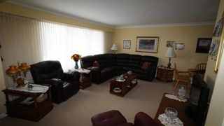 Photo 12: 251 Gilmore Avenue in Winnipeg: North Kildonan Residential for sale (North East Winnipeg)