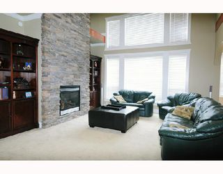 Photo 3: 11559 WOOD Street in Maple_Ridge: Southwest Maple Ridge House for sale (Maple Ridge)  : MLS®# V697793