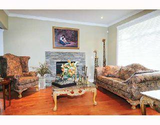 Photo 2: 11559 WOOD Street in Maple_Ridge: Southwest Maple Ridge House for sale (Maple Ridge)  : MLS®# V697793