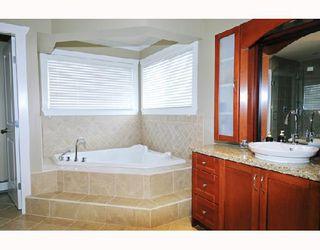 Photo 9: 11559 WOOD Street in Maple_Ridge: Southwest Maple Ridge House for sale (Maple Ridge)  : MLS®# V697793