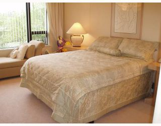 """Photo 5: 201 1736 W 10TH Avenue in Vancouver: Fairview VW Condo for sale in """"MONTE CARLO"""" (Vancouver West)  : MLS®# V708773"""