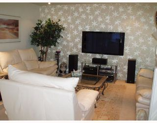 """Photo 2: 201 1736 W 10TH Avenue in Vancouver: Fairview VW Condo for sale in """"MONTE CARLO"""" (Vancouver West)  : MLS®# V708773"""