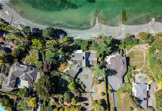 Photo 6: 11326 Chalet Road in NORTH SAANICH: NS Deep Cove Single Family Detached for sale (North Saanich)  : MLS®# 413808