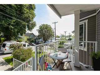 "Photo 19: 1137 ELM Street: White Rock Townhouse for sale in ""Marine Court"" (South Surrey White Rock)  : MLS®# R2401346"